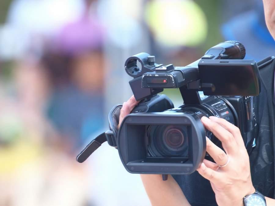 運動会でのカメラマン